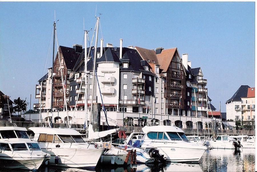 Vente port guillaume spacieux duplex de 84 m en dernier - Agence du port port guillaume dives sur mer ...